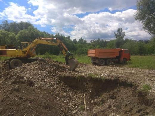 Правоохоронці виявили незаконний видобуток гравію на околиці Солотвина