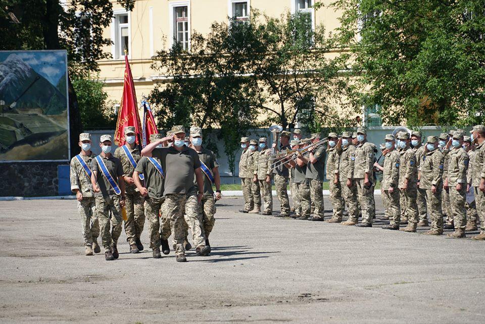 Бійців 128-ї окремої гірсько-штурмової закарпатської бригади урочисто зустріли в Ужгороді