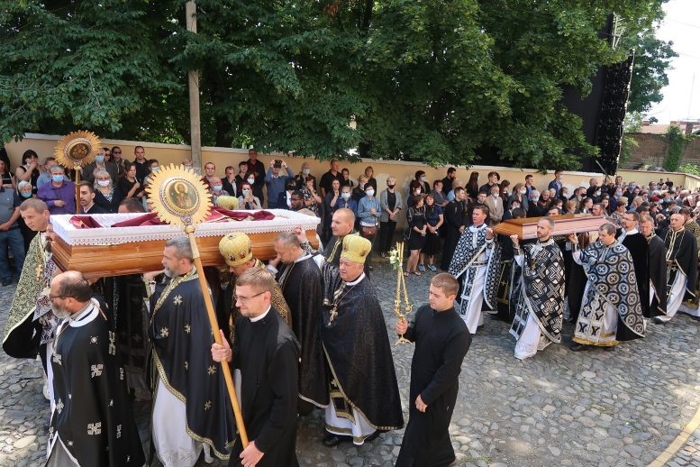 Похорон Єпископа Мілана Шашіка (відео)
