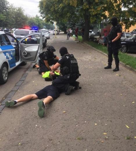 Затриманого в Ужгороді наркоторговця взято під варту