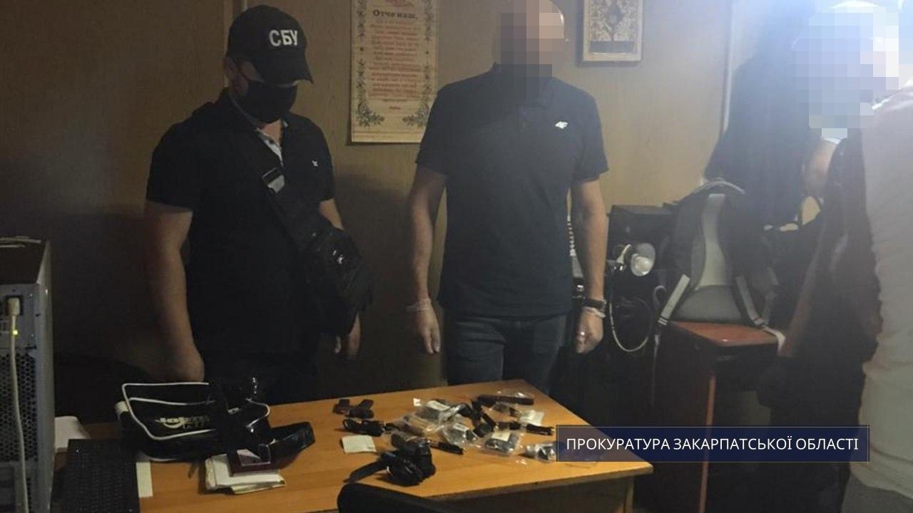 Закарпатець незаконно ввозив з-за кордону предмети для прихованого збору інформації