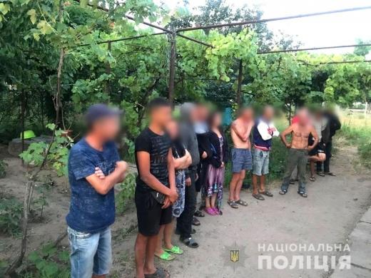 Закарпатців утримували в трудовому рабстві на Херсонщині