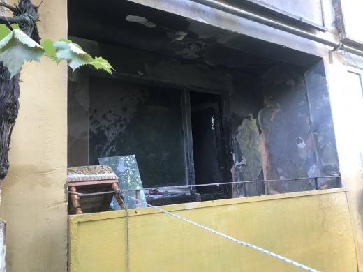 Причиною пожежі в Ужгороді, де постраждав 3-річний хлопчик, стали дитячі пустощі з вогнем