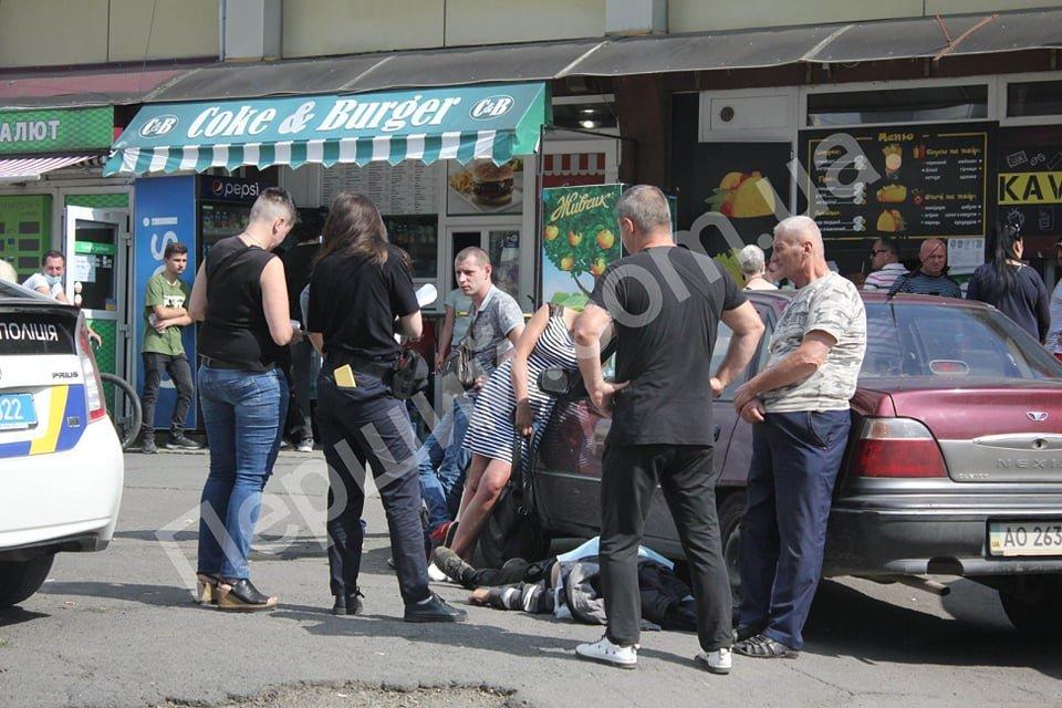 В Ужгороді таксист помер за кермом авто