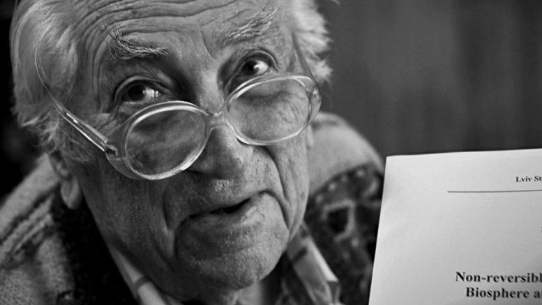 На 101 році життя відійшов у вічність відомий закарпатець Степан Стойко