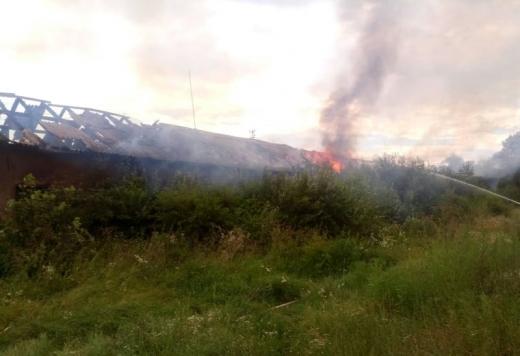 На території психоневрологічного інтернату в Перечинському районі загорілася будівля