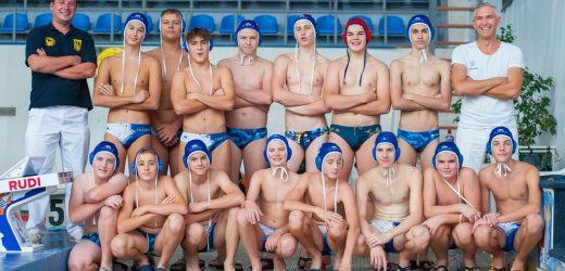 Юні ватерполісти із Закарпаття вийшли у фінал Чемпіонату України