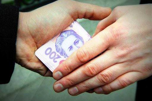 В Ужгороді надійшло повідомлення про підкуп виборців