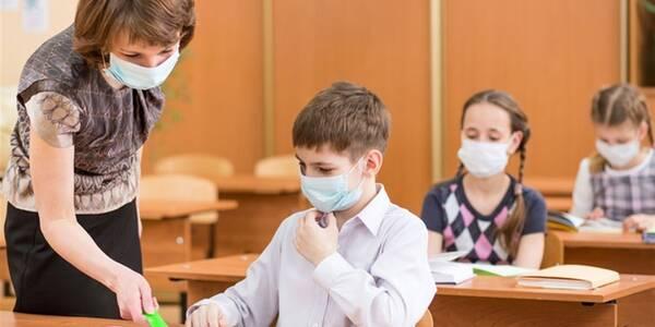 В Ужгороді з 9-го березня учні початкових класів навчатимуться у школах, а 5-11 класи – дистанційно