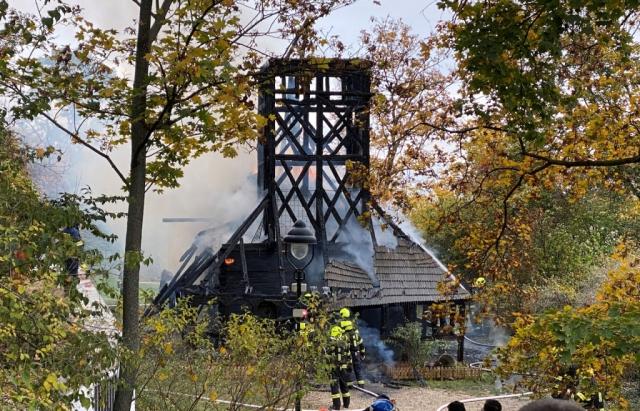 У Празі згоріла дерев'яна церква, перевезена із Закарпаття