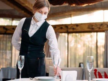 За недотримання карантину поліція оштрафувала ресторанний заклад у с. Сторожниця Ужгородського району