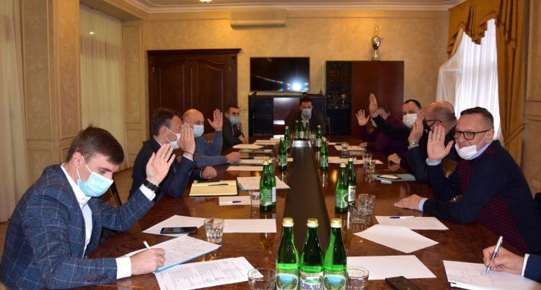 Визначено дату першого сесійного засідання новообраної Закарпатської обласної ради