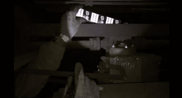 Закарпатські прикордонники знайшли тютюнову контрабанду у вантажному потягу