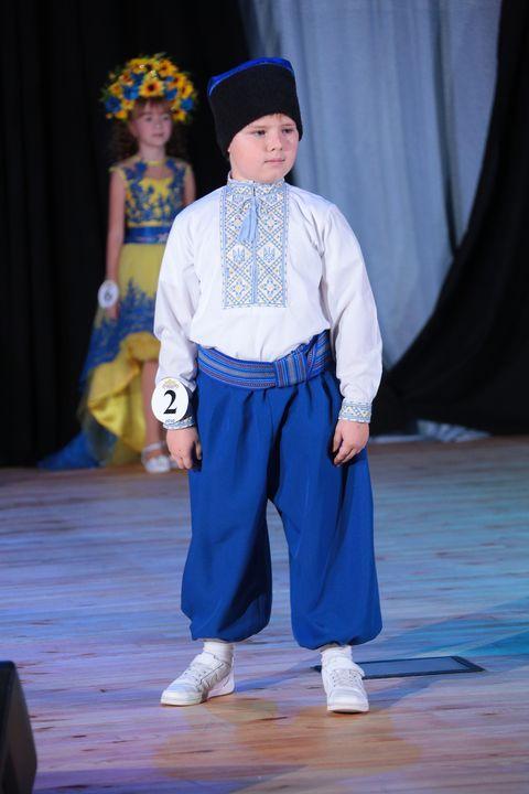 Юний ужгородець Євген Смерековський завоював GRAND PRIX на Всеукраїнському модельному конкурсі (фото)