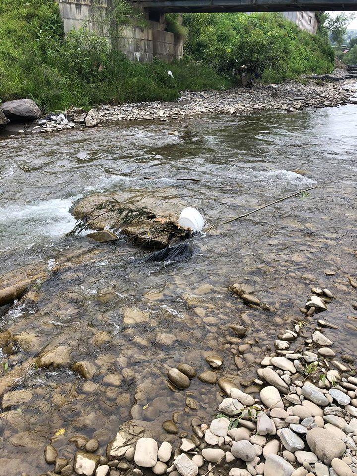 Поблизу Виноградова на березі річки Тиса знайшли людські рештки