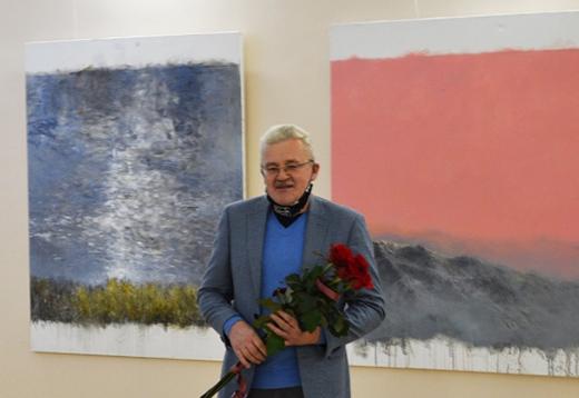 Персональна виставка художника Тараса Табаки відкрилася в Ужгороді