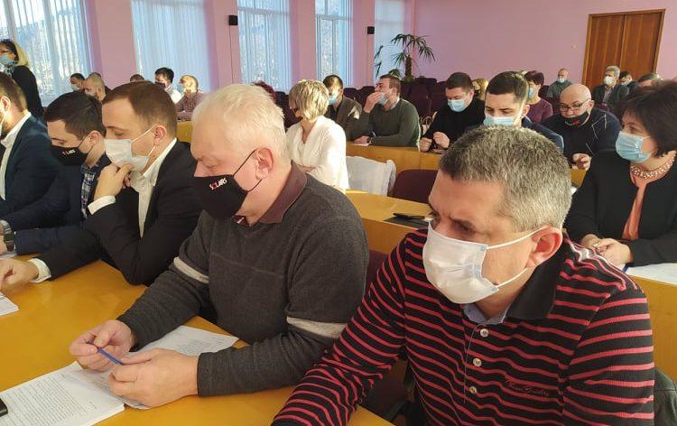 """У Виноградові прийняли бюджет """"проїдання"""" на 2021 рік (відео)"""