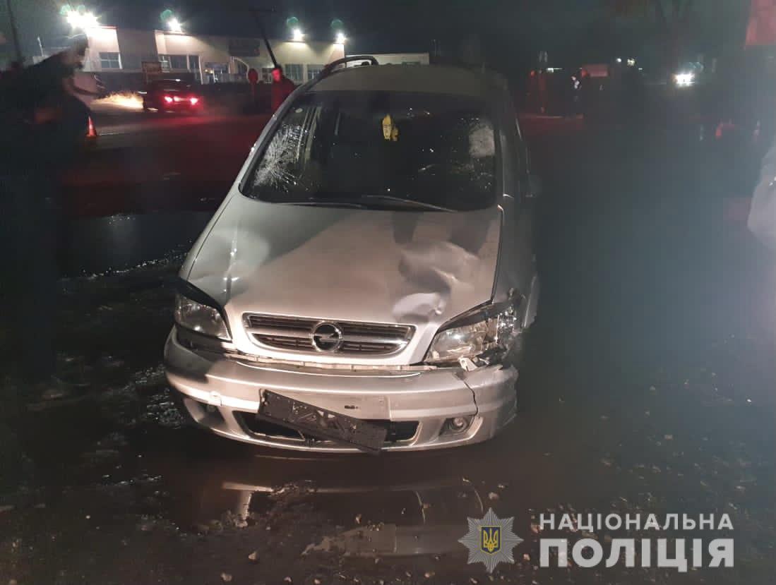 Моторошна ДТП у Іршаві: водій збив трьох пішоходів – один загинув на місці, двоє важко травмовані
