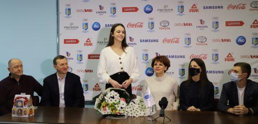 В Ужгороді вітали дворазову чемпіонку Європи з художньої гімнастики ужгородку Валерію Юзвяк