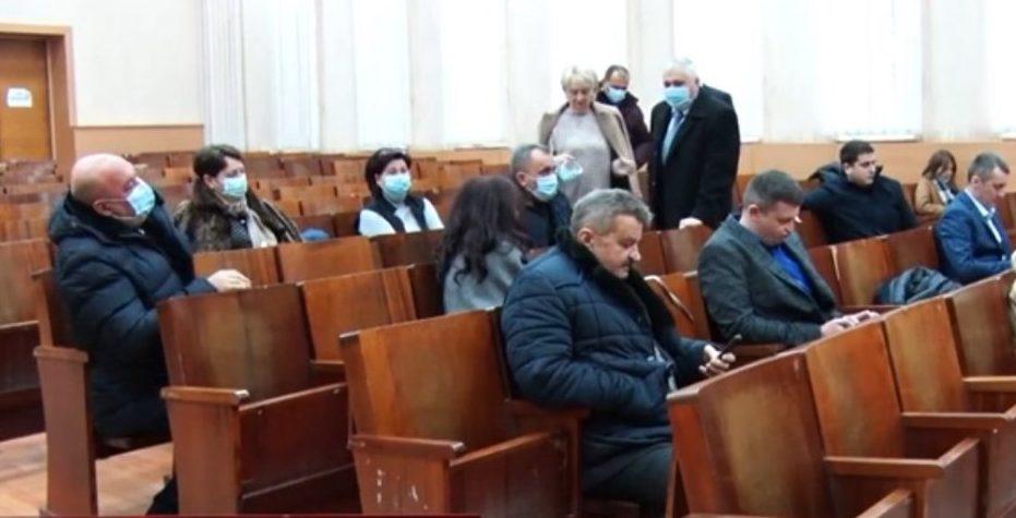 Мукачівська райрада тричі не змогла зібрати сесію – її саботують владні партії (відео)