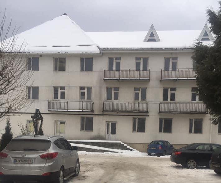 У Рахові вже 34 роки будують акушерсько-гінекологічний корпус (фото)