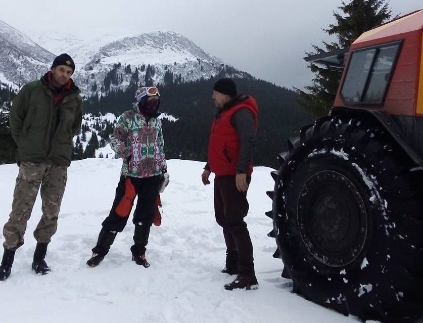 Закарпатські рятувальники відшукали заблукалу в горах туристку з Харкова