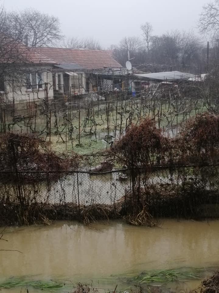 В Ужгороді підтопило мікрорайон Доманинці (ФОТОФАКТ)