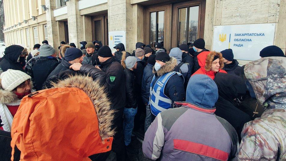 Депутати Закарпатської обласної ради звернулися до уряду щодо зниження тарифів