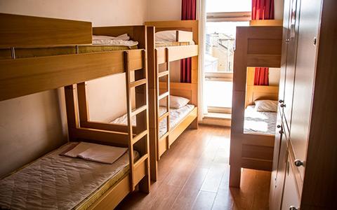 Уночі в одному з ужгородських хостелів сталася пожежа