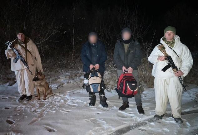 Прикордонники затримали на Ужгородщині двох нелегальних мігрантів з Молдови