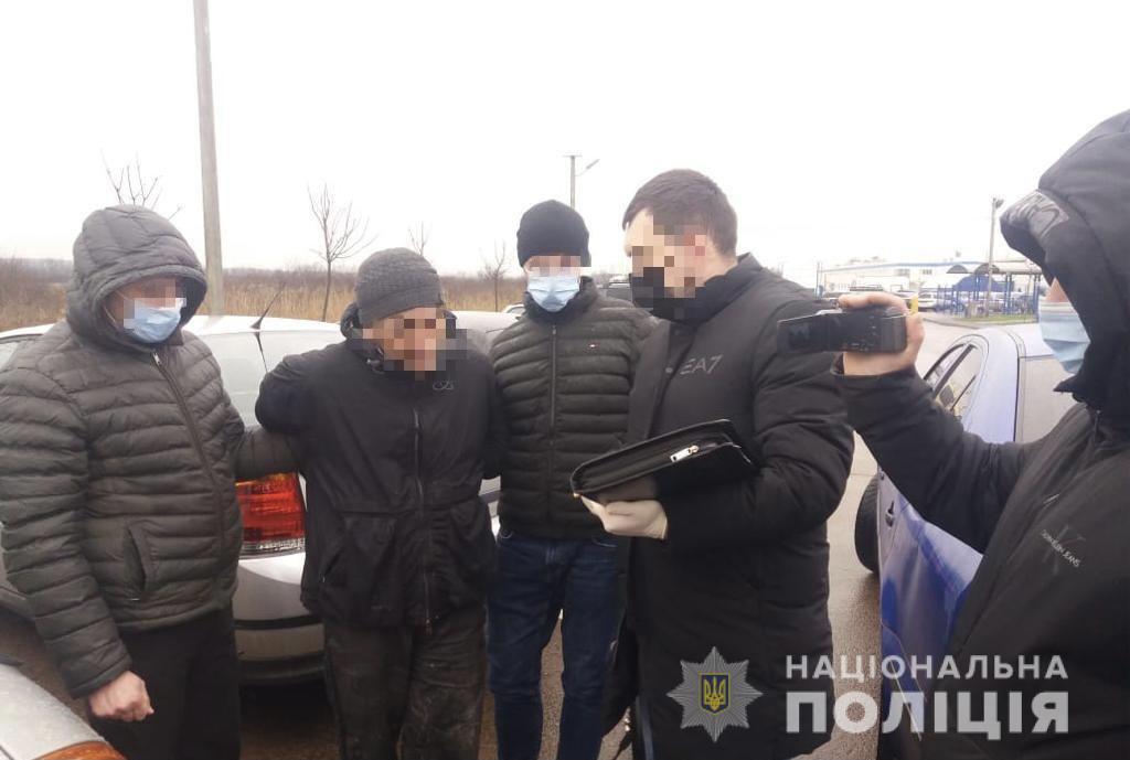 Під час збуту метамфетаміну затримали мешканця Мукачева
