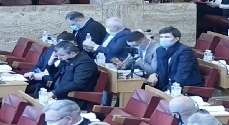 Депутати від ОПЗЖ забезпечили легітимність сьогоднішньої сесії Закарпатської облради