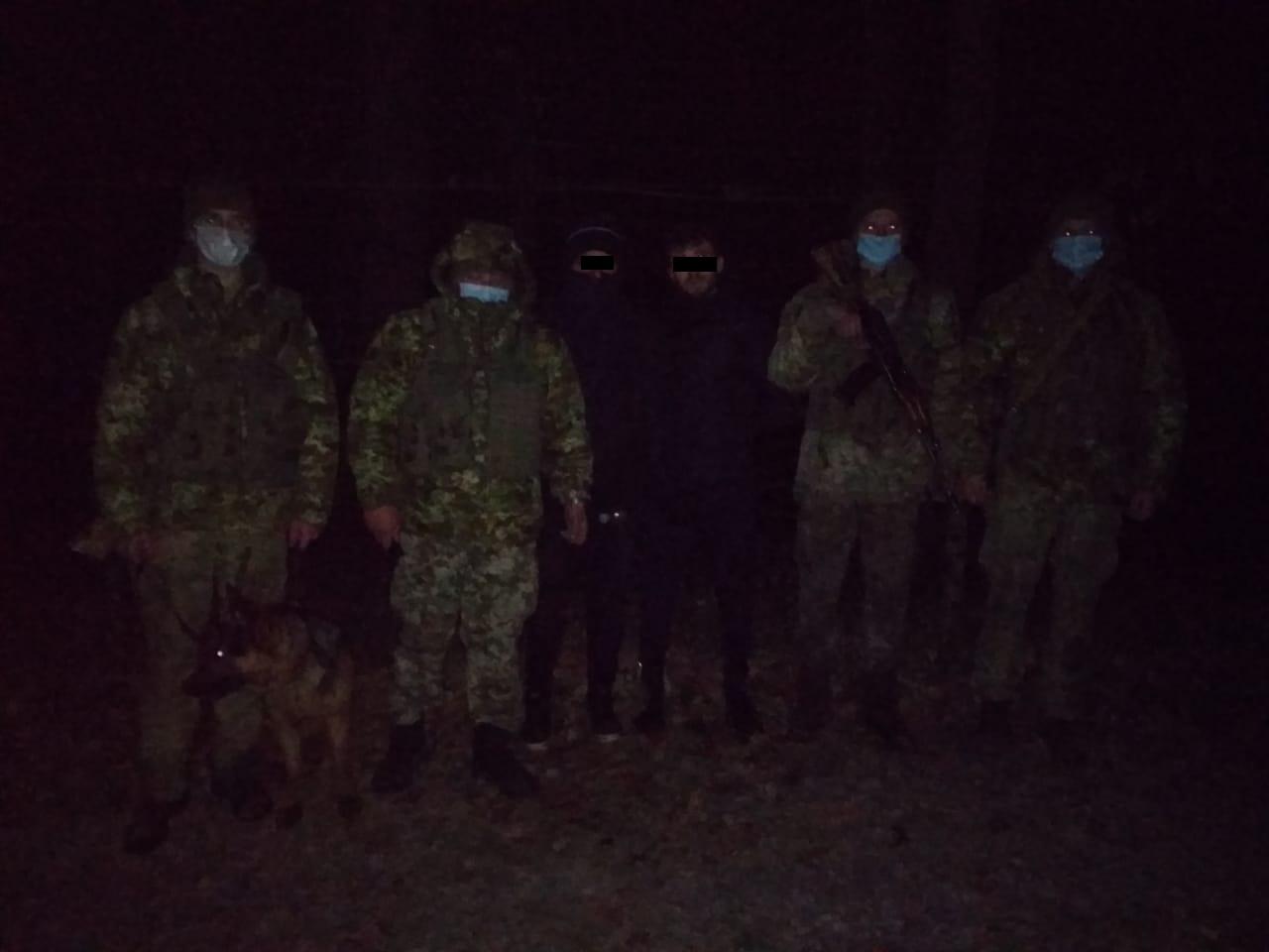 Закарпатські прикордонники затримали двох іноземців, що пробиралися лісом до Словаччини