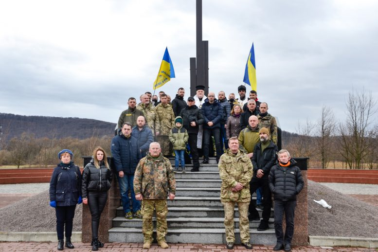 Українських воїнів-захисників нагородили високими церковними відзнаками