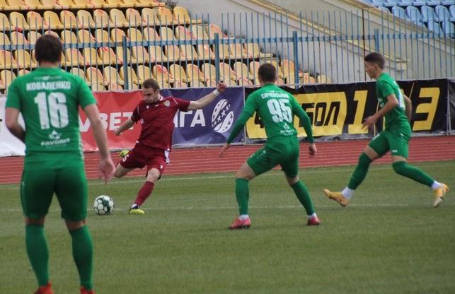 """Футбол: """"Ужгород"""" очолив турнірну таблицю у Другій лізі, перемігши """"Оболонь-2"""""""