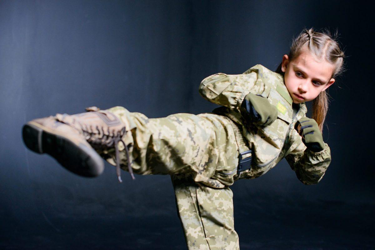 Дівчинка-унікум Ніколь Князєва піднялась на екстремальну зимову Говерлу