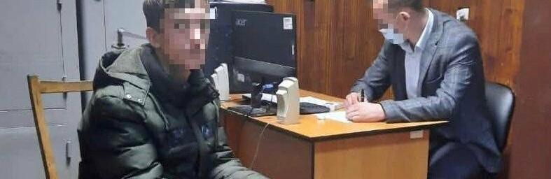 У Сваляві донеччанин та кримчанин скоїли розбійний напад