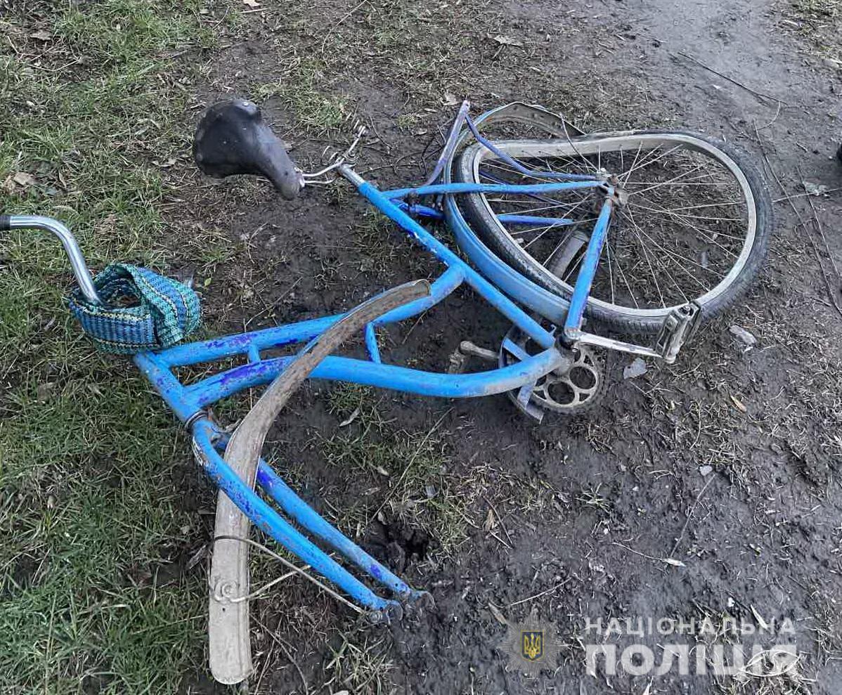 Водій легкового авто збив насмерть велосипедиста на Тячівщині