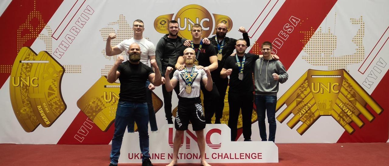 """Ужгородські спортсмени здобули """"золото"""" і """"срібло"""" на всеукраїнських змаганнях з джиу-джитсу"""