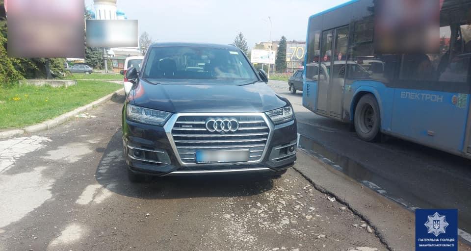 Полісмени виявили в Ужгороді розшукувану Інтерполом автівку