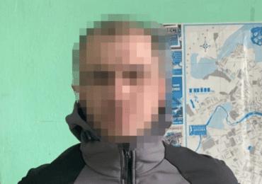 Зловмисник на самокаті пограбував пенсіонера в самому центрі Ужгорода