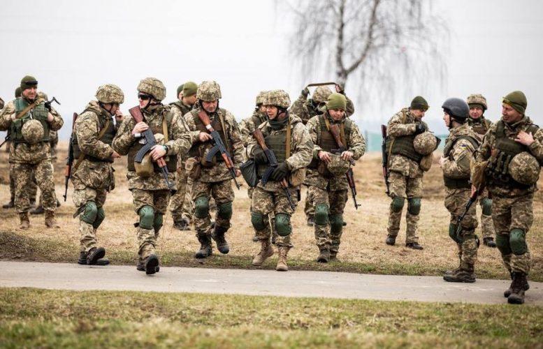Чи підуть львів'яни захищати Україну в разі повномасштабної агресії з боку ворога – журналістське опитування
