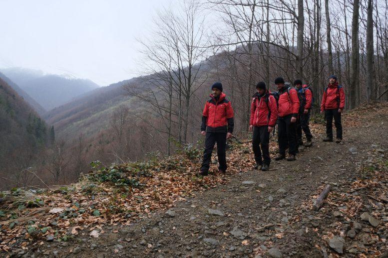 Закарпатські рятувальники продовжують пошук киянина, який зник у горах ще 13 лютого