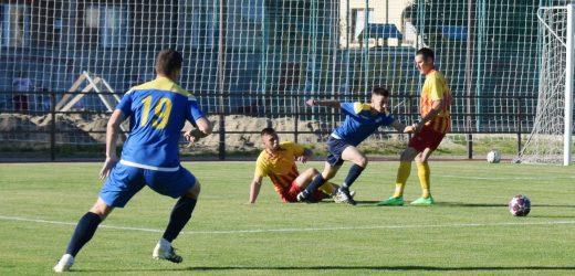 Футбол: на стадіоні «Автомобіліст» стартував чемпіонат Ужгорода сезону 2021 року