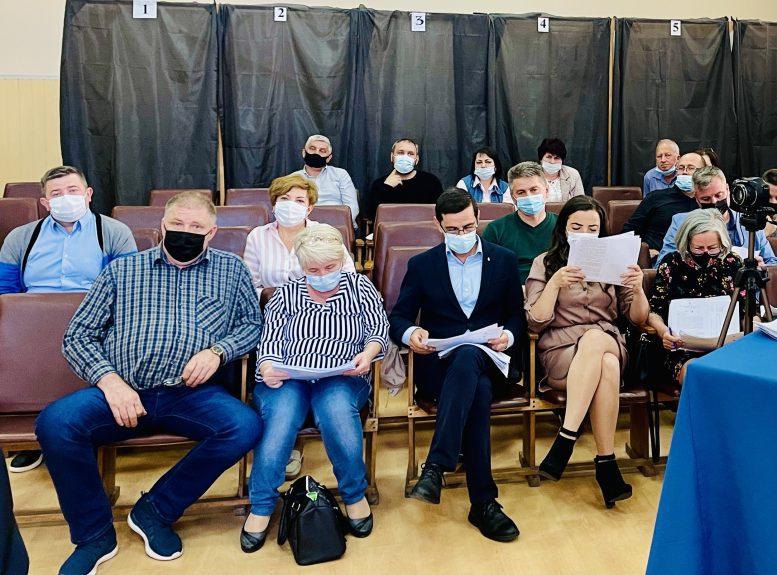 В Чопі депутати від партії угорців КМКС не підтримали угорця на посаду старости Соломонова