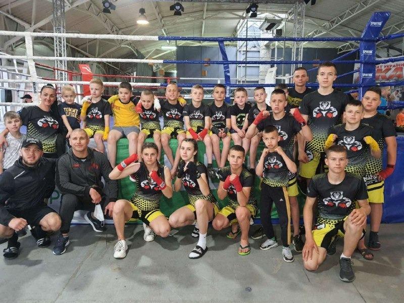 Збірна Закарпаття з кікбоксингу здобула рекордну кількість медалей на чемпіонаті України