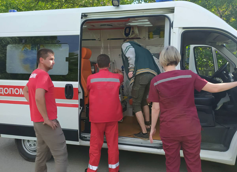 У горах на Закарпатті змія вкусила 17-річного туриста