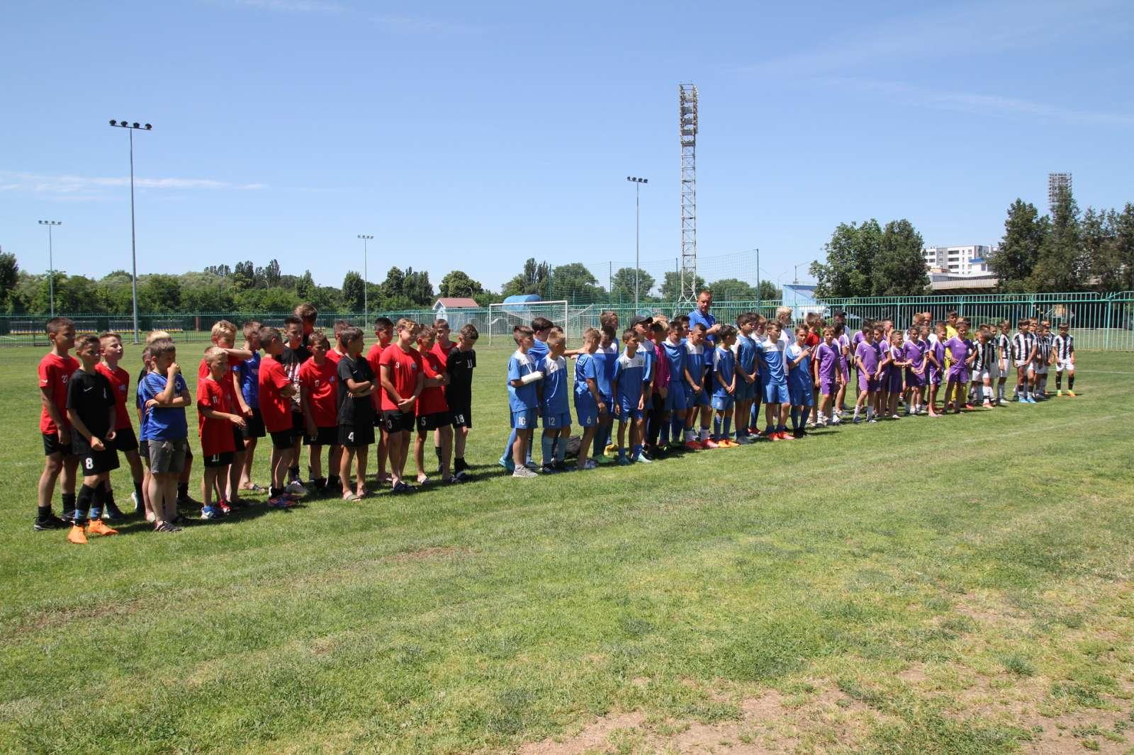 Дитячий міжнародний турнір з футболу відбувся в Ужгороді