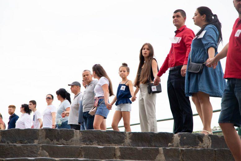 В Ужгороді встановили Національний рекорд України заради порятунку маленького Павлика Мотички
