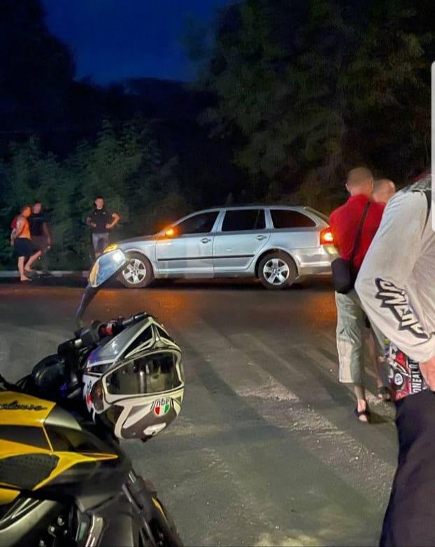 Прикордонник на великій швидкості збив насмерть 12-річного хлопчика у Великому Березному